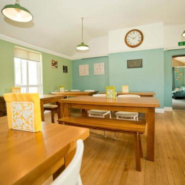 YHA_Malham_dining_room_2